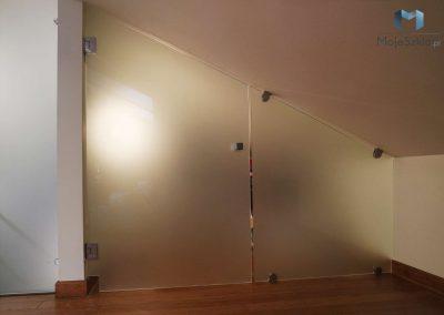 Drzwi Szklane Matowe Na Poddaszu