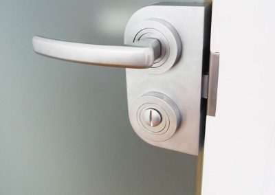 Drzwi Wewnetrzne Szklane Klamka