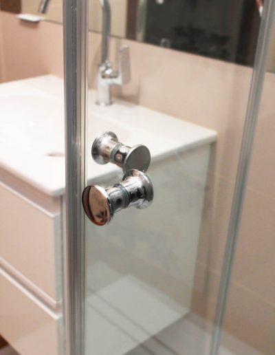 Kabina Prysznicowa Przyscienna Narozne Drzwi