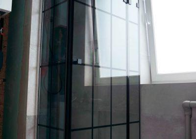 Kabina Prysznicowa W Czarne Pasy