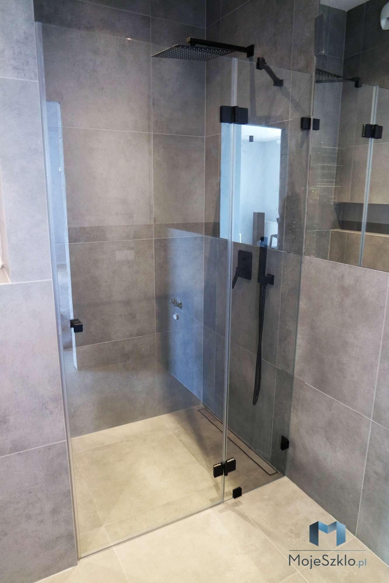 Kabina Wnekowa Z Czarnymi Okuciami - Kabiny prysznicowe wnękowe na wymiar
