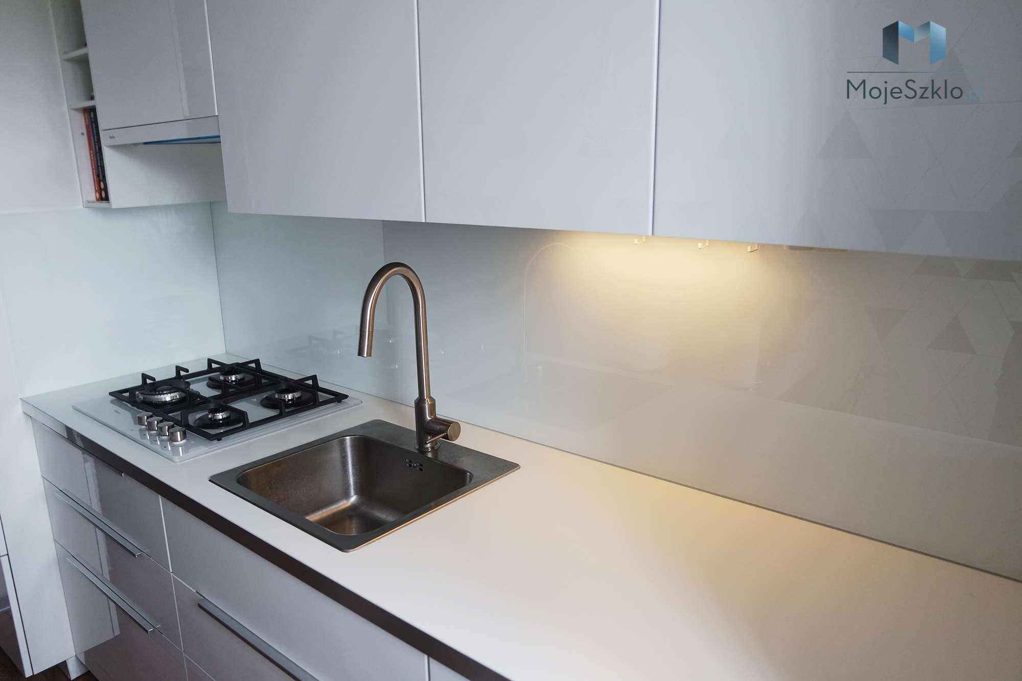 Lacobel Bialy 9003 Krakow - Lustro w kuchni. Panele lustrzane do kuchni