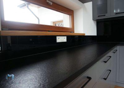Lacobel Czarny Klasyczna Czern 9005