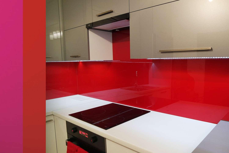 Lacobel Kolory Czerwony Fuksja - Szkło lacobel - grupy kolorów i przegląd realizacji