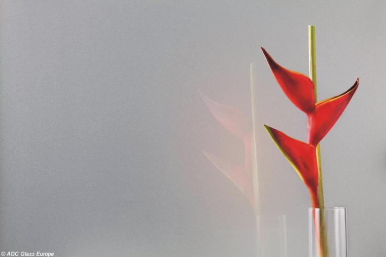 Lacobel Kolory Intensywne Aluminium 9007 - Lacobel szary. Monochromatyczne aranżacje.