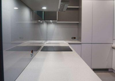Lacobel Kuchnia Intensywne Aluminium