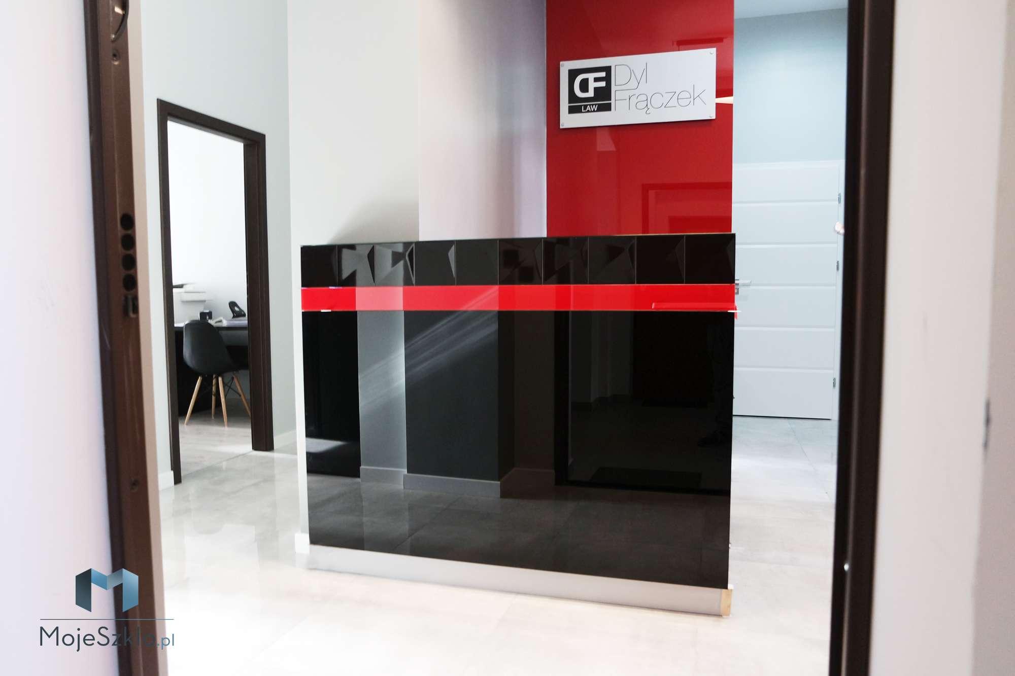 Lacobel Obudowa Sciany Czerwien - Panele szklane lacobel zastosowania komercyjne