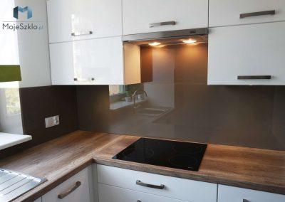 Lacobel W Kuchni Klasyczny Brazowy