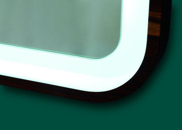 Lustra Lazienkowe Podswietlane Lustro w ramie LED Bordeaux Detal Ramy Wenge - Lustra na wymiar z oświetleniem
