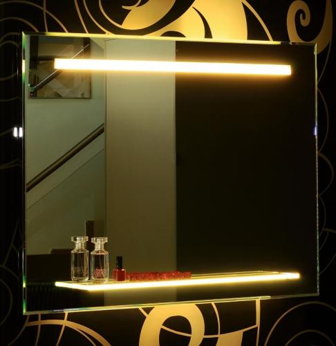 Lustro Lazienkowe z Oswietleniem LED Do Lazienki Polka Szklana Paris - Lustra na wymiar z oświetleniem