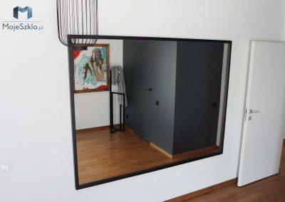 Lustro W Czarnej Ramie Salon