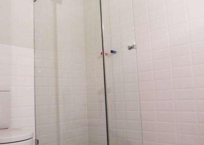 Nowoczesny Dwuelementowy Prysznic Narozny