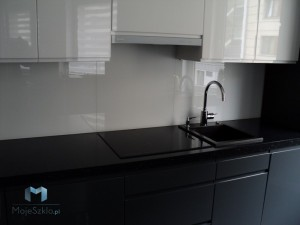 Panele-Szklane-Lacobel-Kuchnia-Lakobel-Czysta-Biel-9003-Glass