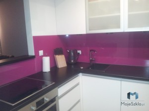 Panele-Szklane-Lacobel-Kuchnia-Lakobel-Fuksja-4006-Montaż