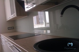 Panele-Szklane-Lacobel-Kuchnia-Lakobel-Klasyczna-Szarosc-7035-Glass