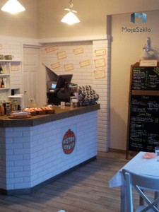 Panele szklane z grafiką na wymiar Restauracja Bar Bistro