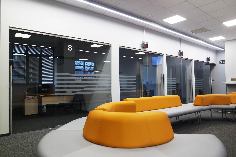 Szklana Sciana Na Wymiar Krakow - Szkło matowe Satindeco - Elegancja i design dla nowoczesnego wystroju wnętrz