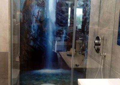 Szklany Panel Lazienka Wodospad