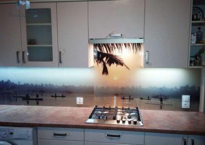 Szklo W Kuchni Krajobraz